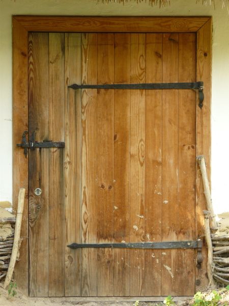 large brown door 0007 - Texturelib